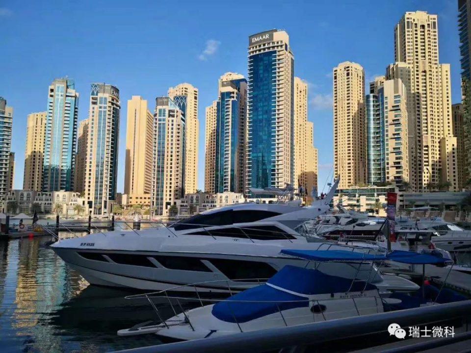 迪拜的土豪在于 放眼望去都是世界之最的高楼建筑